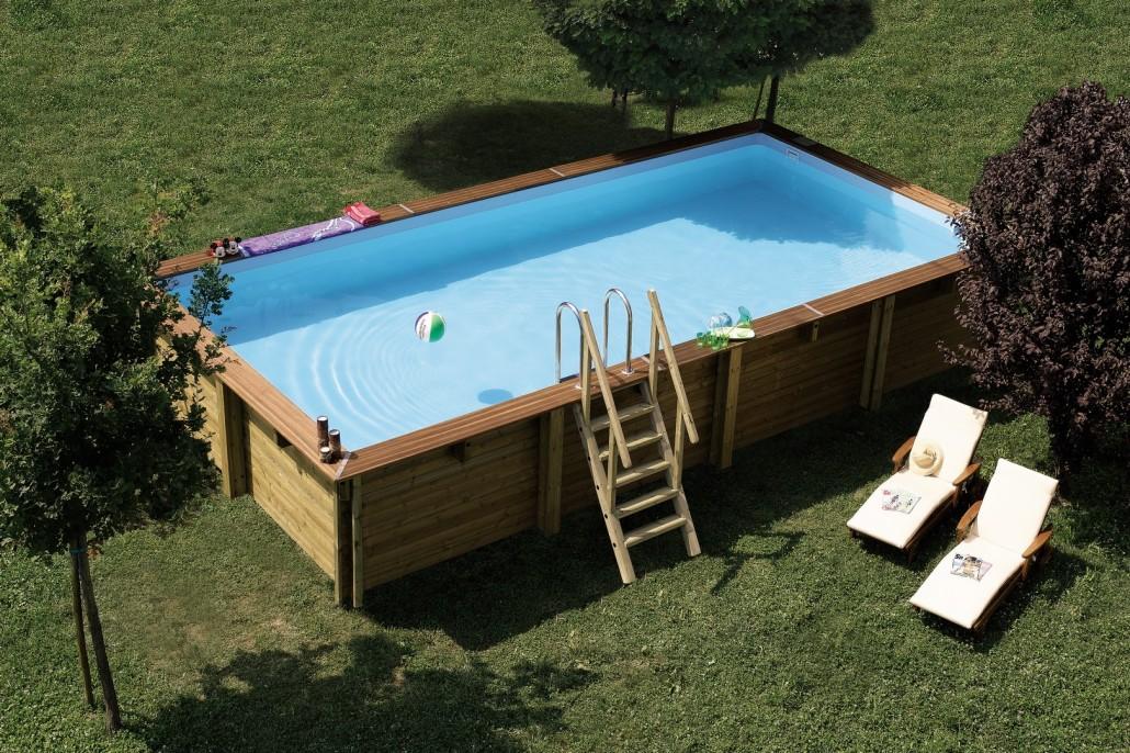 Giardino con piscina fuori terra excellent dotata di - Piscina fuori terra in pendenza ...
